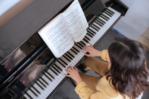 1レッスン4千円以内!5つの安いオンラインピアノ教室を徹底比較