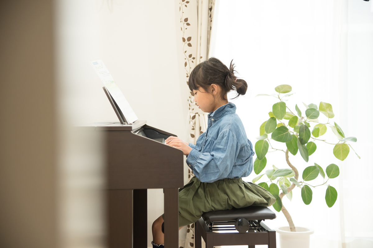 子供のピアノを応援したい!親が弾けなくてもOKな理由とサポート法